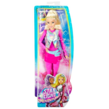 Barbie Csillagok között: Barbie pink ruhában