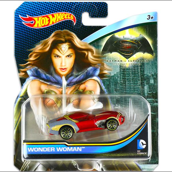 Hot Wheels Batman vs Superman: CsodaNő